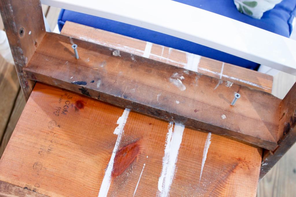 2 screws under ladder step into shelf