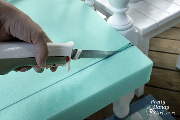 Electric Bread Knife ~ Sewing a bench cushion with piping pretty handy girl