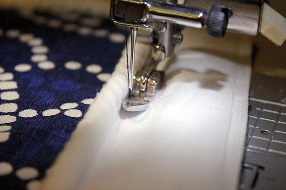 sew cushion piping