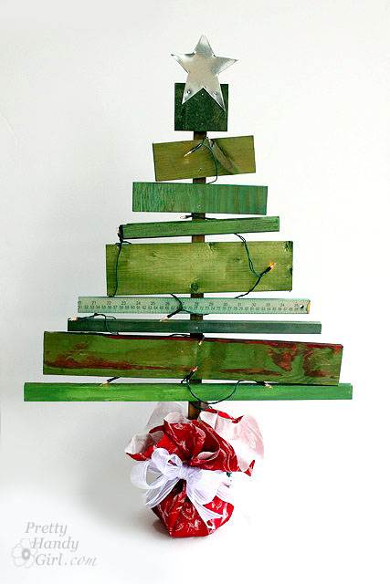 Scrap Wood Christmas Tree