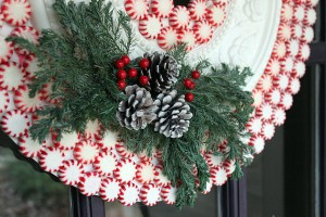 side_detail_wreath