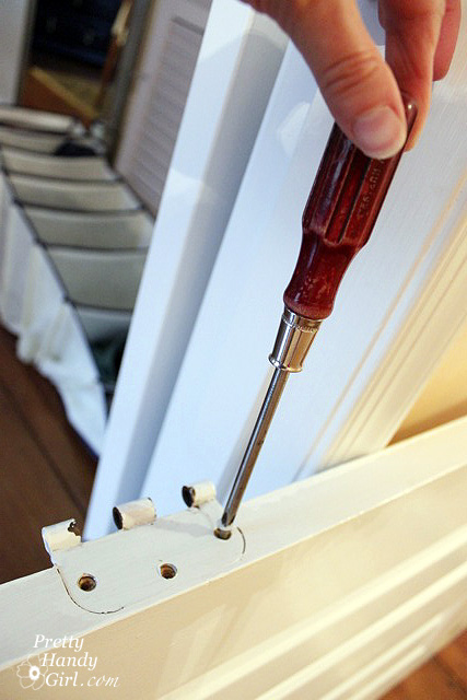 How to Remove a Stuck Stripped or Painted Screw