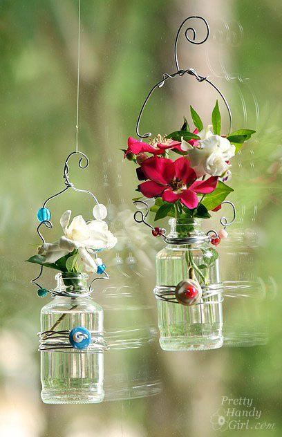 duo_hanging_flower_vases.jpg
