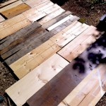 How to Salvage Wood from Shipping Pallets