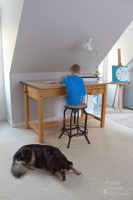 boy_at_drawing_table