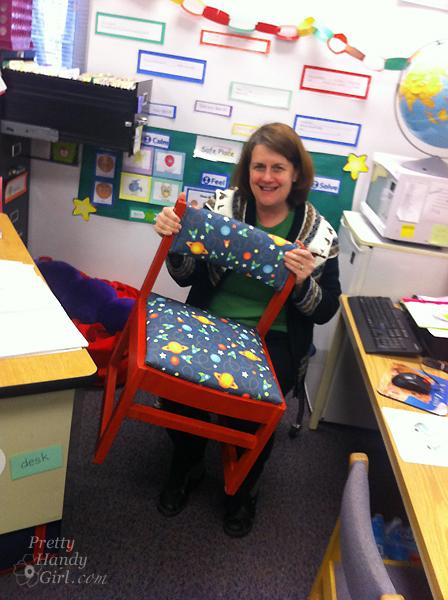 kindergarten_teacher_with_chair