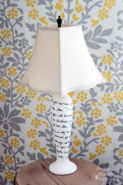 sharpie_decorated_lamp_makeover