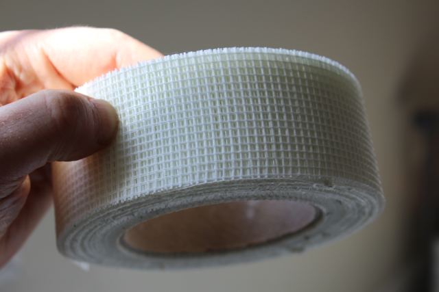 Mesh Drywall Tape Pricing : Cracks in drywall steps to a permanent fix with m