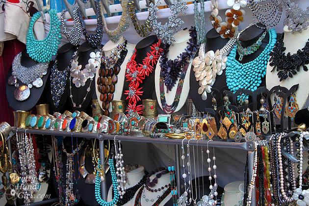 colorful_necklaces