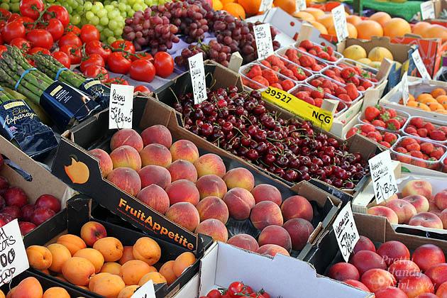 fresh_fruit_stand