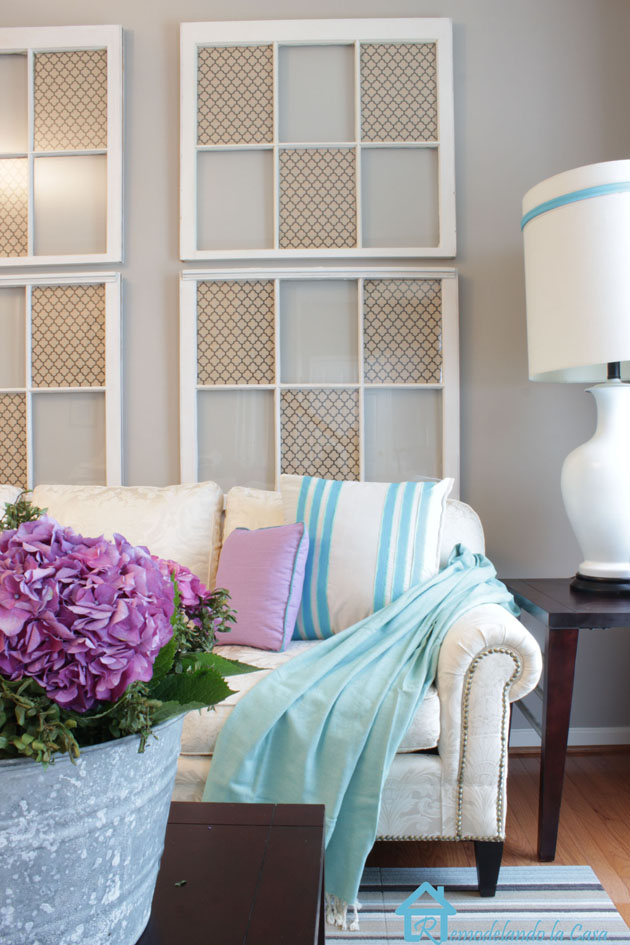 living room with sofa with nailhead trim2