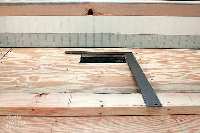 measure_vent_with_carpenter_square