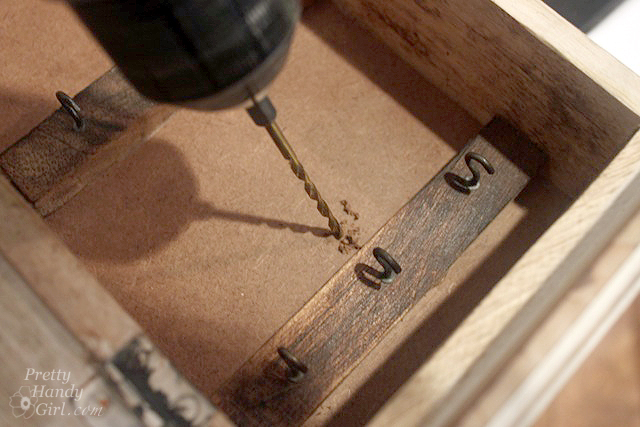 drill_center_spot_in_box