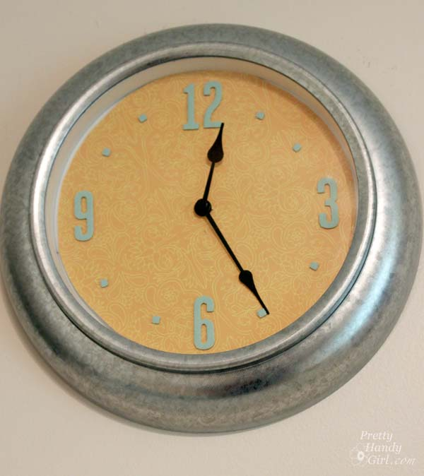 scrapbook_paper_clock