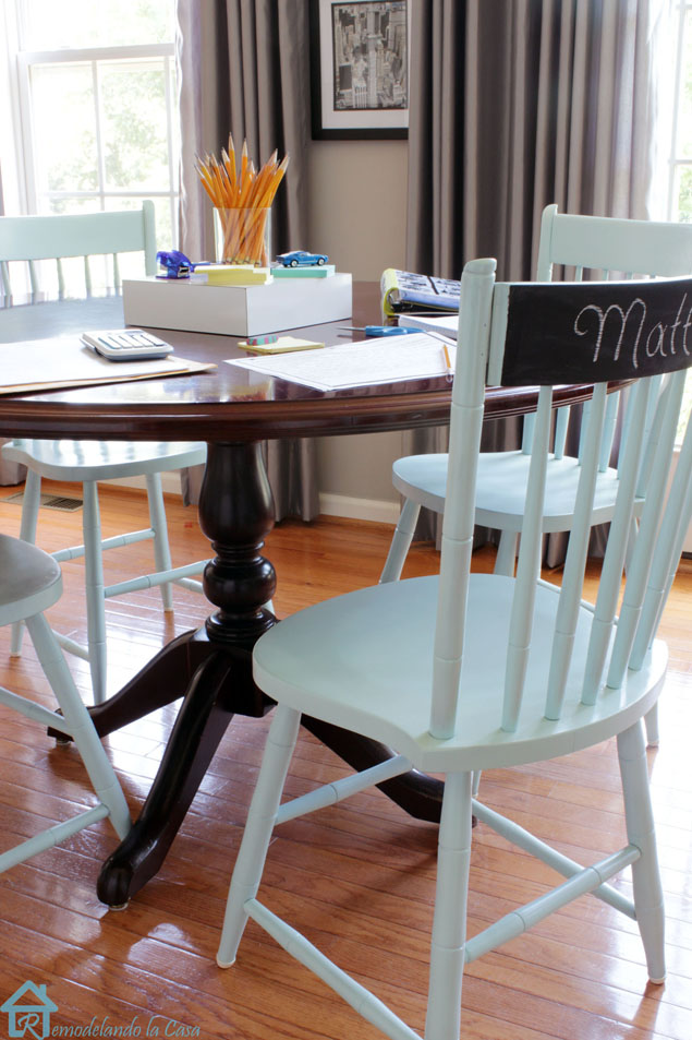 The painted chairs a second chance makeover pretty for Painted kitchen chairs