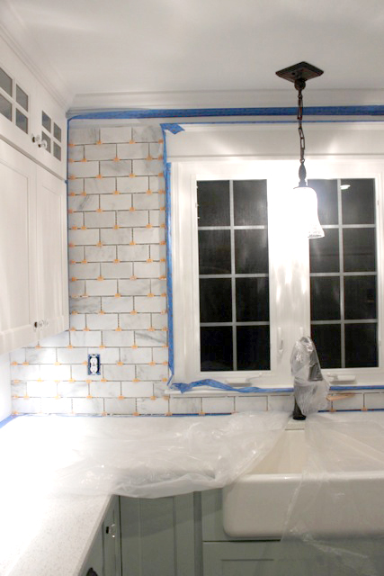 How To Tile A Backsplash Part Tile Setting Pretty Handy Girl