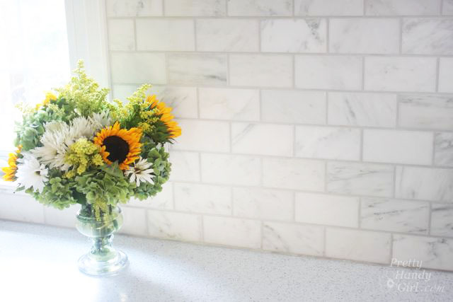 PrettyHandyGirl's Guide to Tiling a Backsplash - Part 1: Tile Setting