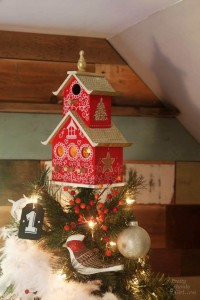rustic-birdhouse_tree-topper