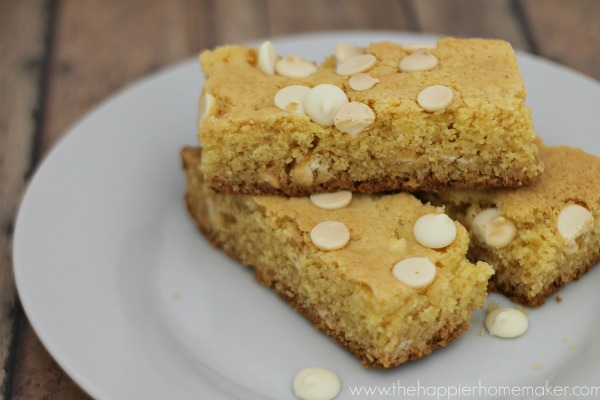 white chocolate cookie bars