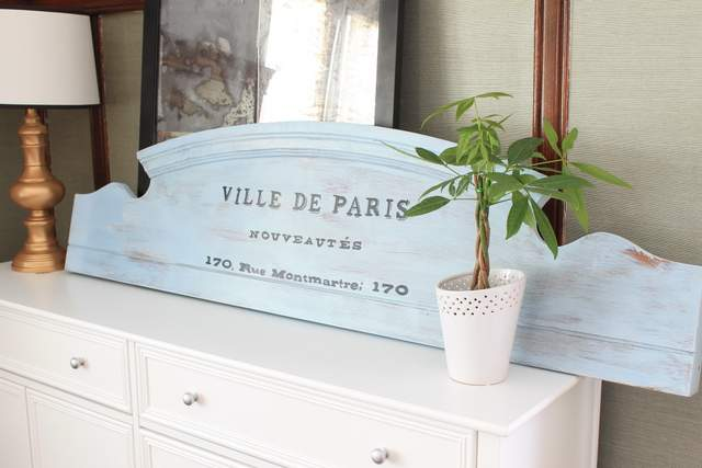 Make vintage old sign from footboard