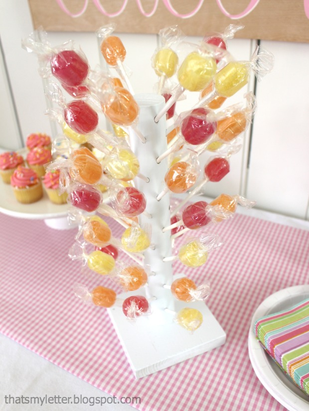 Diy Lollipop Stand Pretty Handy Girl