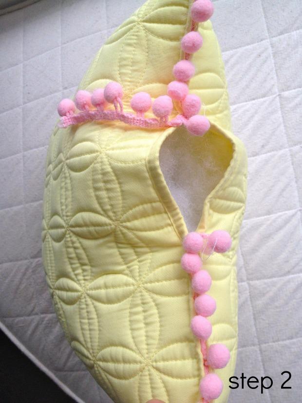 pom pom pillows step 2