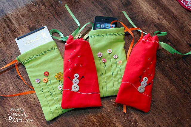 Sew Easy Holiday Napkin Gift Pouches | Pretty Handy Girl