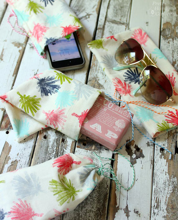 easy sewing projects to help you learn to sew - napkin gift bags