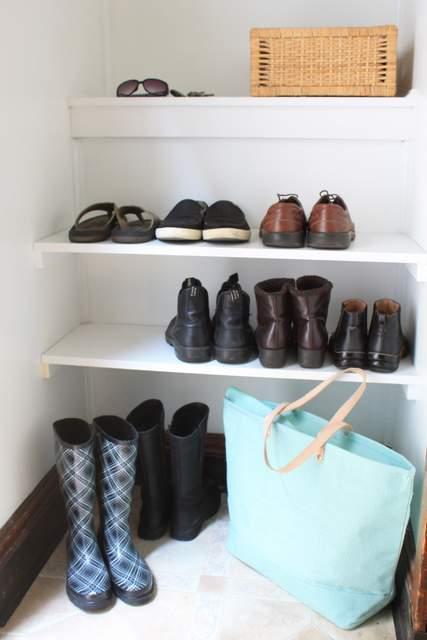 built in shoe shelves