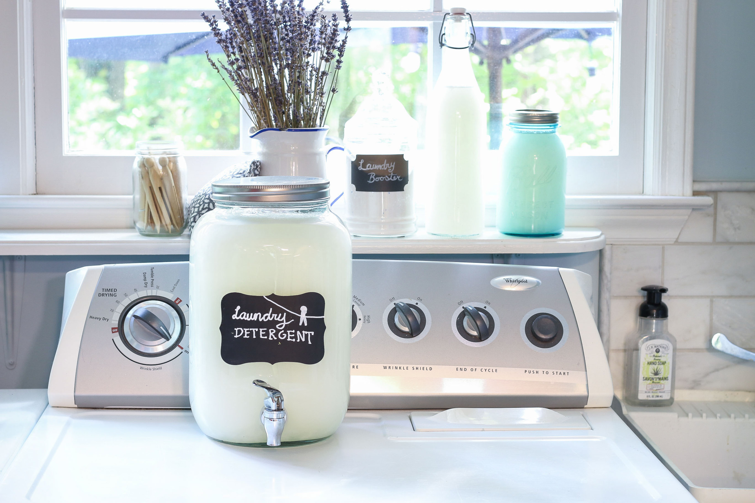 Make Your Own Laundry Detergent for Only $1.25 per year