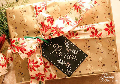 Chalkboard Tags for Gift Wrap