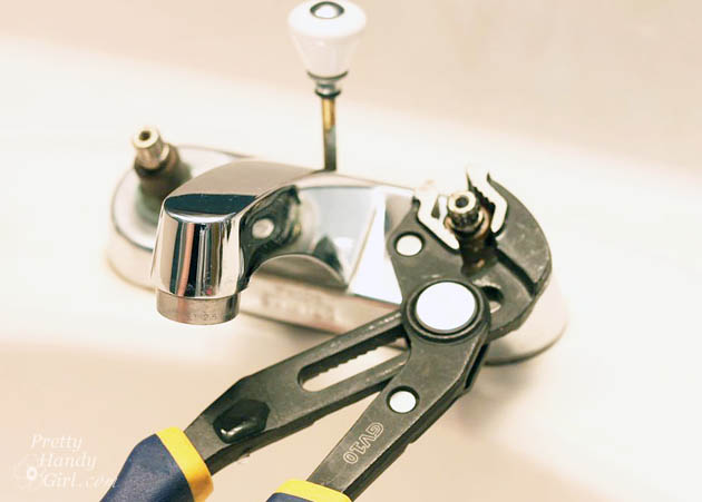 10 Minute Fix for a Leaky Faucet   Pretty Handy Girl