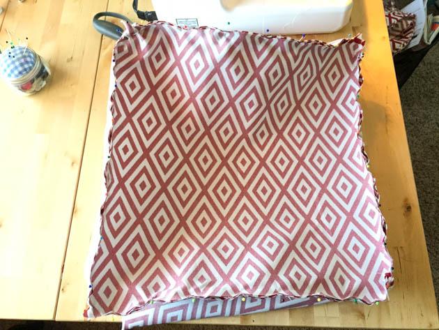 pouf-ottoman-sewing
