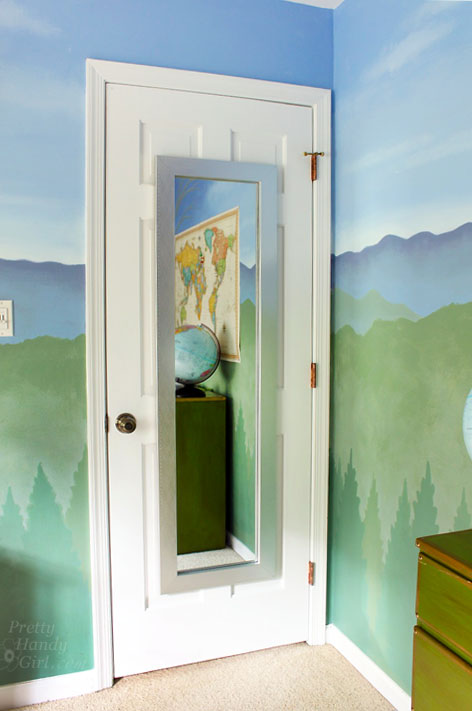 Dress Up Standard Door Mirror With Readyframe Giveaway
