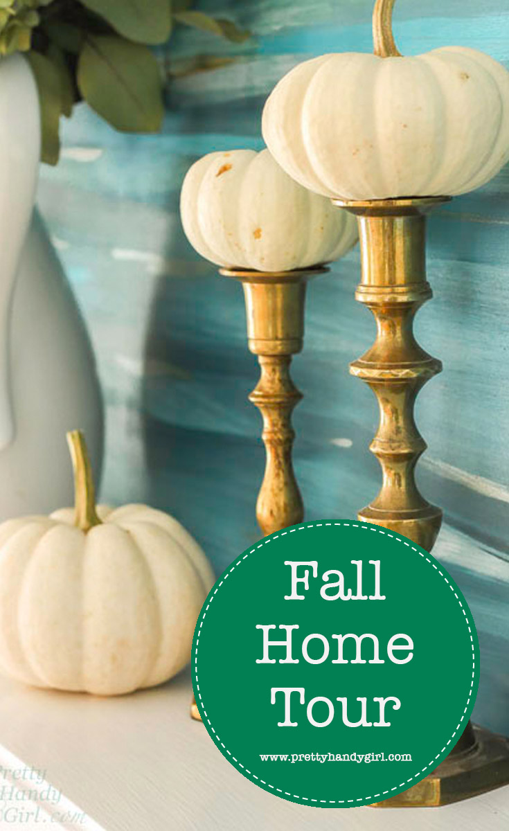 Check out this eclectic and colorful fall home tour from Pretty Handy Girl! | Fall home decor ideas | #prettyhandygirl #fallhomedecor #fallhometour