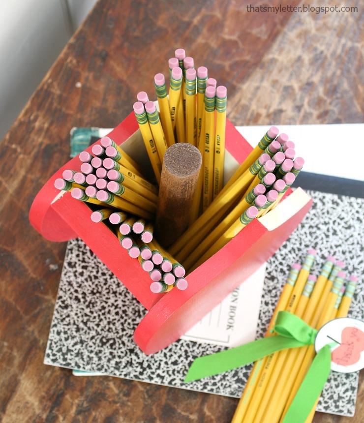 apple pencil holder 1
