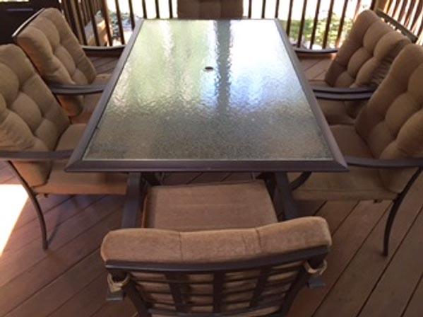 Fabulous brown patio set