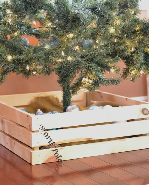 Crate christmas tree box pretty handy girl this quick and easy diy christmas tree crate is just what you need to update your solutioingenieria Choice Image