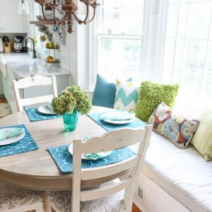 Pretty handy girl a diy blog empowering you to complete your own building a window seat with storage in a bay window solutioingenieria Image collections