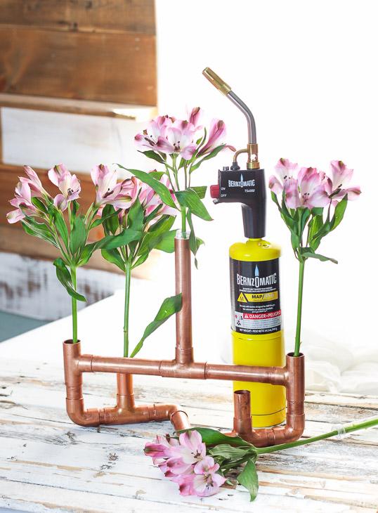 copper-centerpiece-flowers-bernzomatic-3