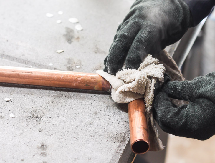 wipe-pipe-cold-rag-steam