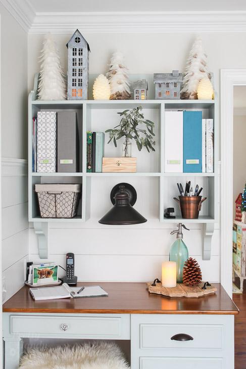 kitchen-desk-hutch-holiday-decor-closer