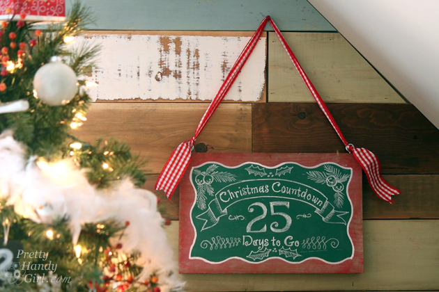 easy-wooden-chalkboard-sign-christmas-countdown
