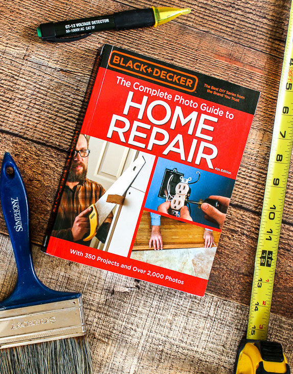 Black + Decker Home Repair Book