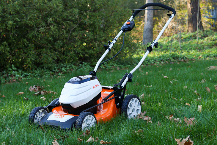Product Review: STIHL RMA 460 Battery-Powered Mower