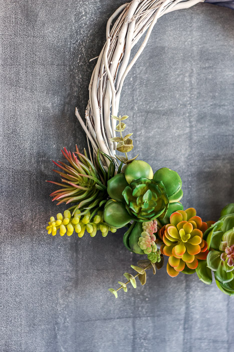 One side view of finished succulent wreath
